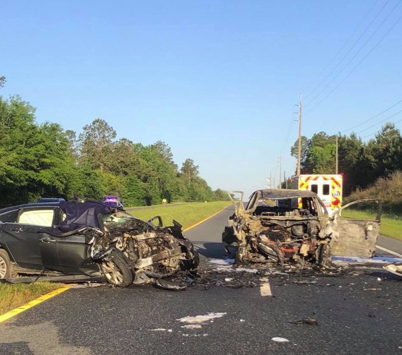 Two-car accident in Jefferson County leaves three dead